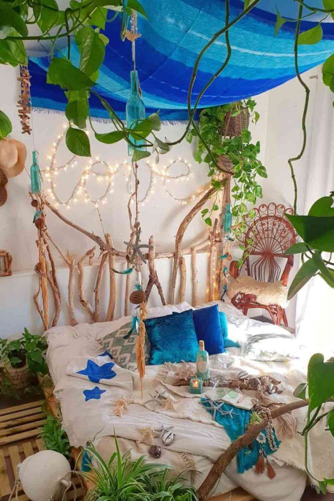 Boho Bedroom With Plants Décor And Blue Canopy #rusticbed #bohostyle