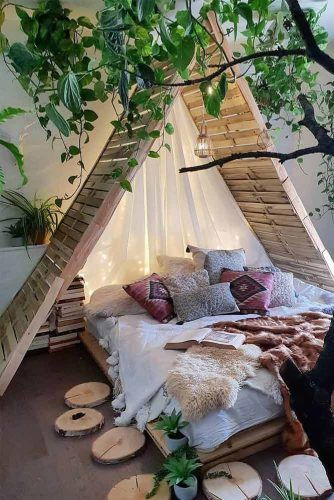 Boho Bedroom With Cabin Bedroom #stringlights
