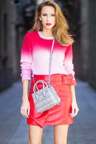 Red-Pink Ombre Cashmere Sweater With Round Neck #ombresweater #roundsweater