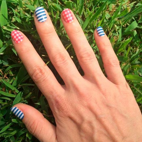 Cool Gingham And Stripes Combo #stripednails #rednails #bluenails