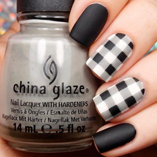 What Are Gingham Pattern Nails?  #mattenails #blacknails