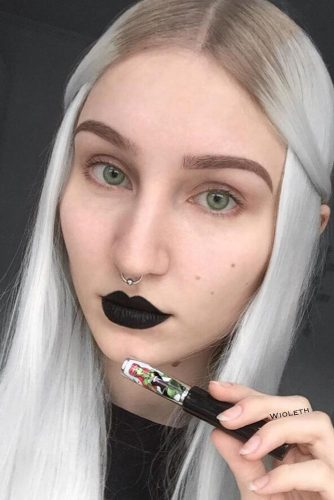 Simple Goth Makeup #blacklipstick #naturaleyesmakeup