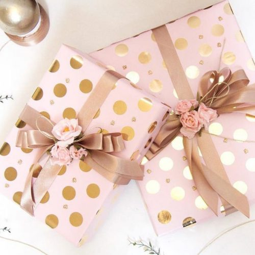 Pink Wrapping Paper With Bow And Flowers #giftforher #flowers
