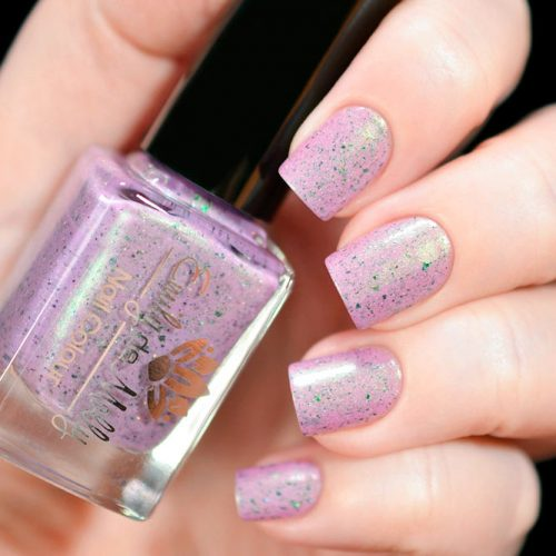 Simple Sparkly Glitter Nails In Light Pink Mauve Color #glitternails #shortnails #simplenails