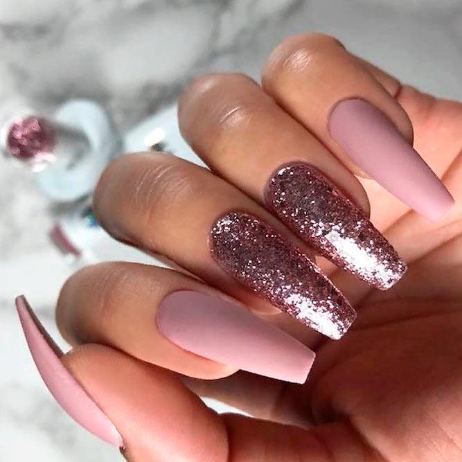 Matte Mauve And Lilac Glitter Nails #mattenails #glitternails