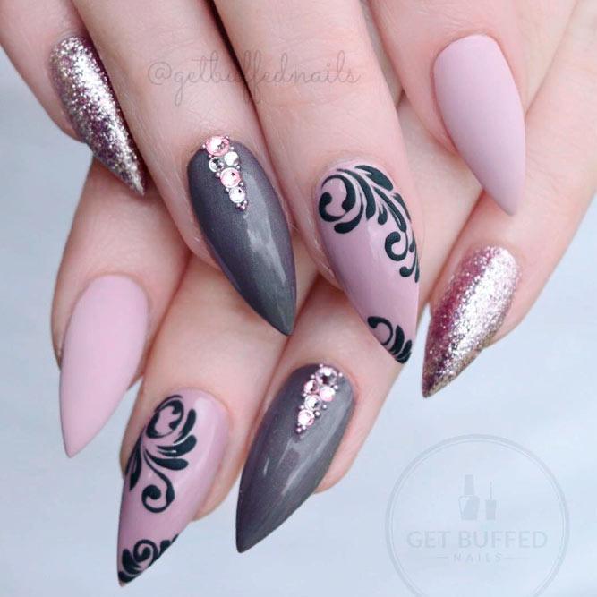 Pink Mauve And Dusty Purple Nails With Elegant Pattern #stilettonails #mattenails #rhinestonesnails