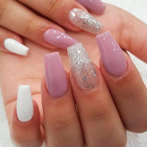 Accented Mauve Nails #accentednails #gliternails