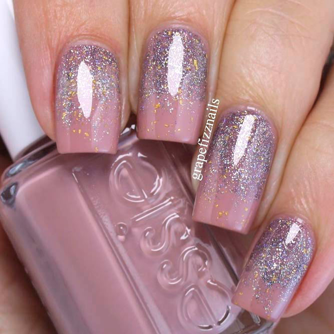 Elegant Glitter Ombre With Light Mauve Nail Polish #glitternails #ombrenails #squarenails