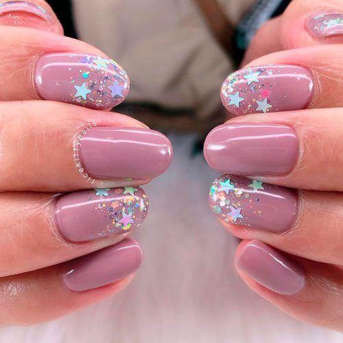 Glitter Stars Nail Art For Mauve Mani #glitternails #shortrnails