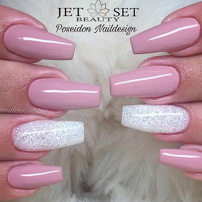 Light Mauve And White Glitter Nail Design #glitternails