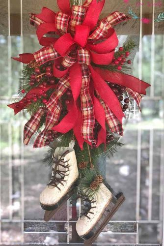 Ice Skates Door Decor #doordecor #iceskateswreath