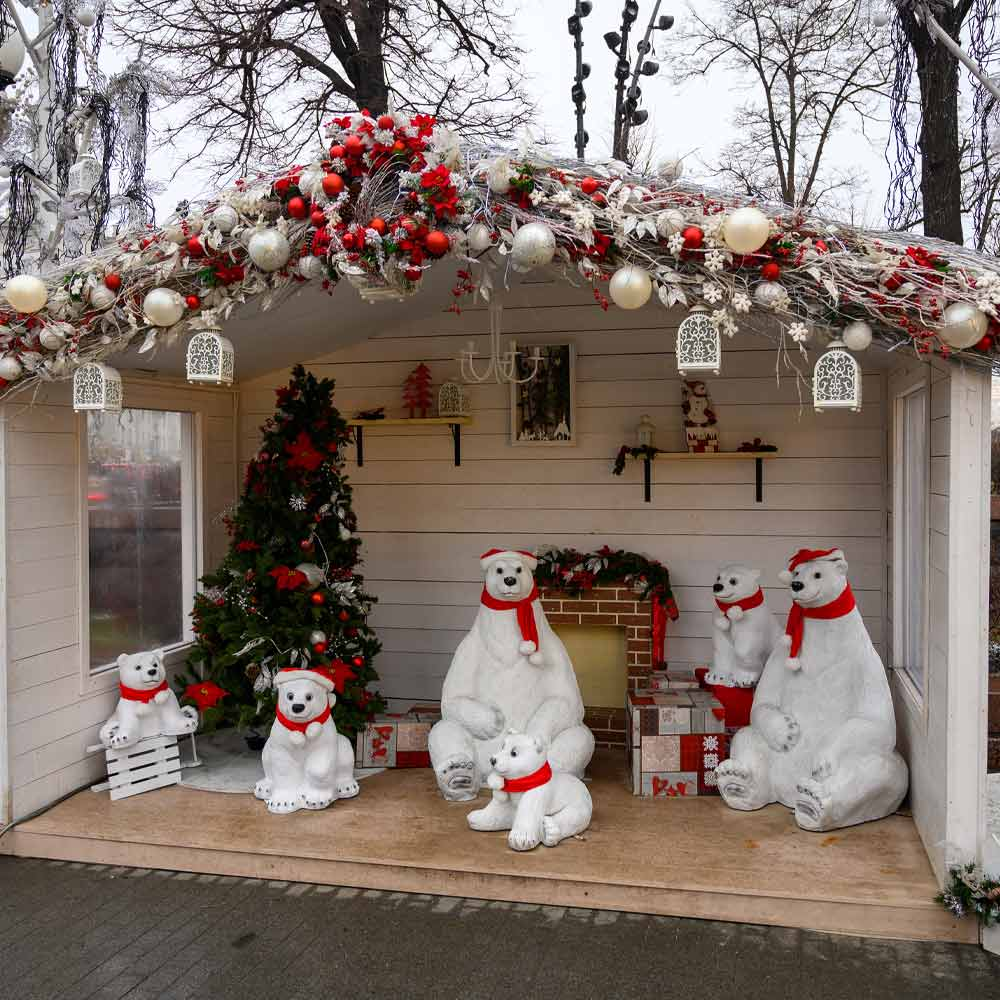 Christmas Decoration Idea with Polar Bears