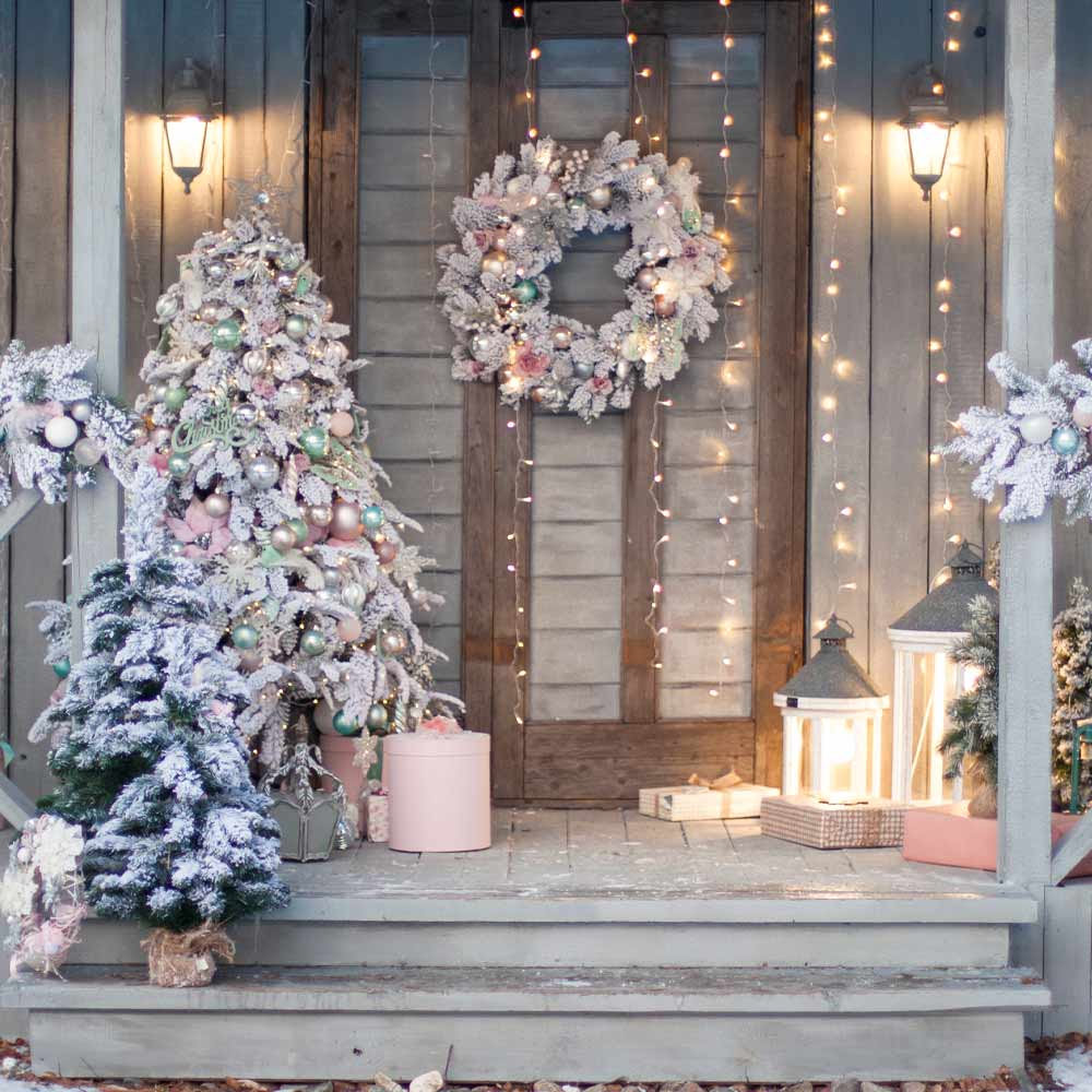 Beautiful Christmas Front Porch Decor