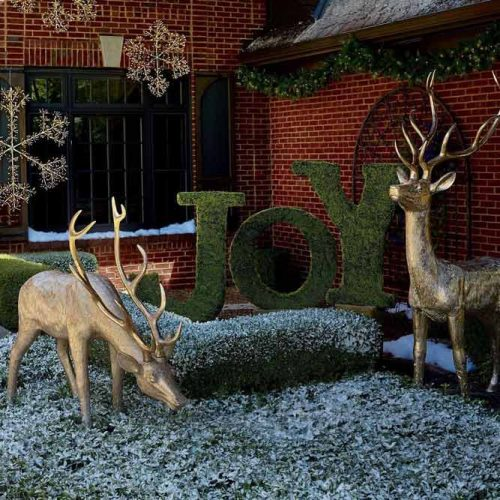 Yard Decorations With Lettering #reindeers #joylettering