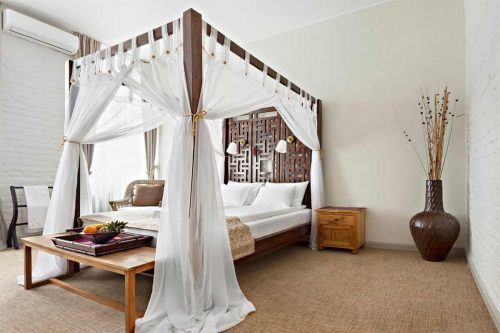 Best Canopy Bed Examples To Introduce Into Your Bedroom