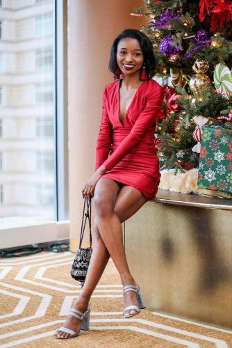 Christmas Colored V-Neck Short Dress