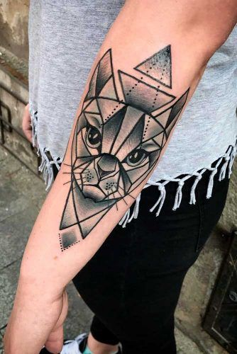 Geometric Cat Tattoo #geometrictattoo #geometriccattattoo