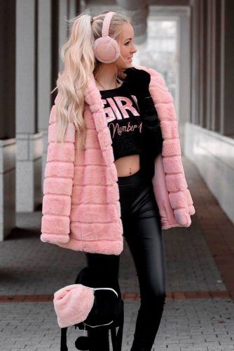 Pink Faux Fur Coat Combined With Black Outfits #pinkfurcoat #pinkfauxfur