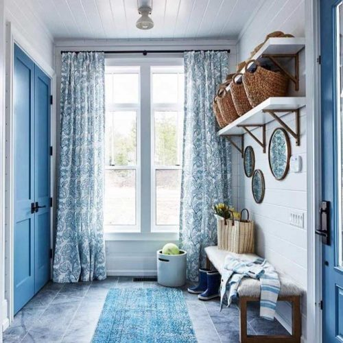 Mudroom Idea In French Style #frenchstyle #baskets