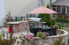 Outdoor Kitchen: A New Trend Or Proper Décor Option?