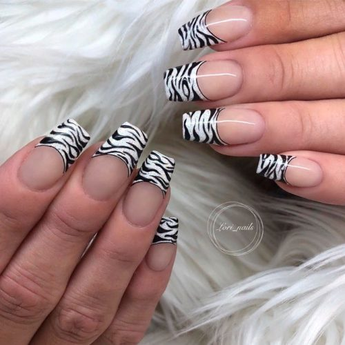 Trendy Striped French Nail Tips #trendynailart #frenchnails