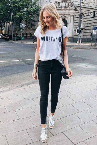 Casual Outfits With Shirt And Sneakers #casualoutfits