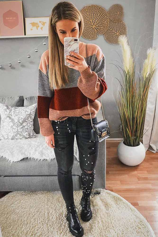 Decorated Jeans With Warm Colored Sweater #sweater #warmuotfit