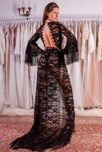 Bohemian Guipure Black Wedding Dress #bohoweddingdress #backlessdress