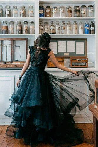 Chic Layered Black Wedding Dress #layeredweddinggown #chicweddingdress