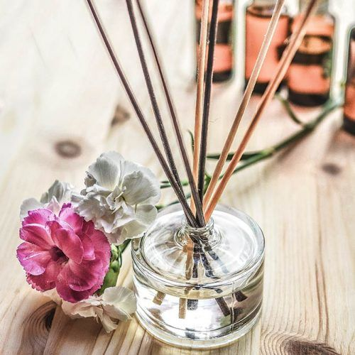 How to Use Nag Champa Oil For Maximum Effects #aromatherapy #aromasticks