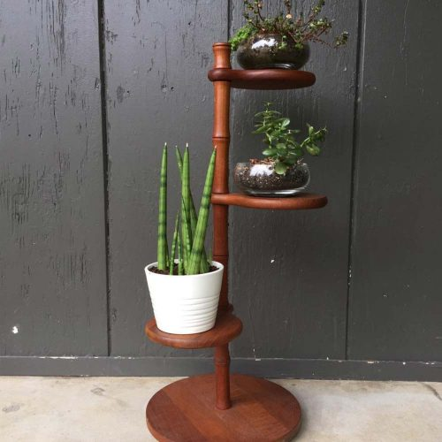 Round Shelves Plant Stand #roundstand