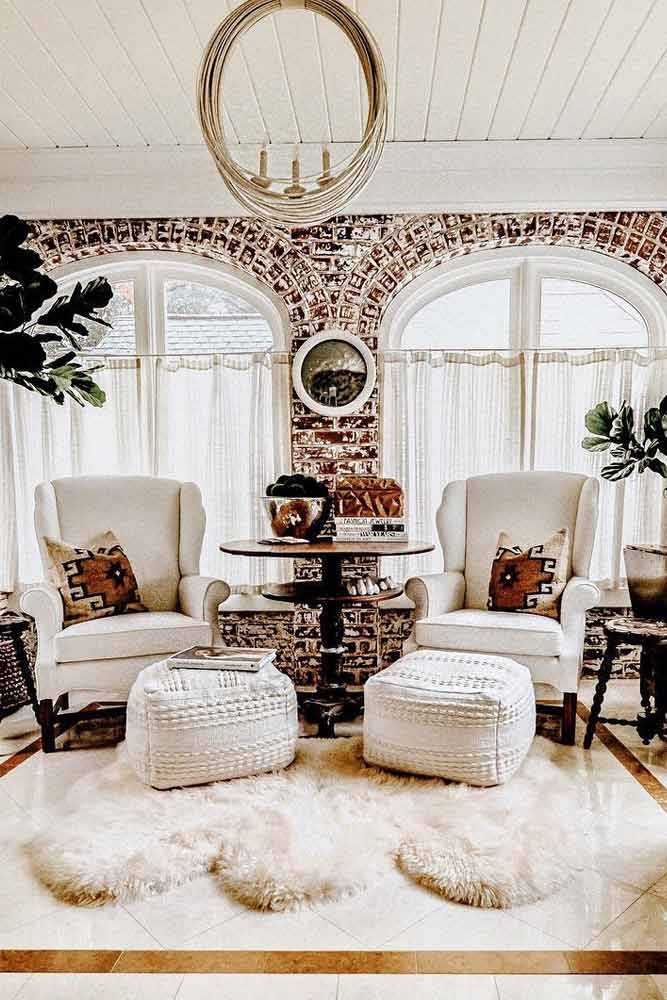 Cozy Sunroom Design With Fur Rug and Ornament Pillows #ornamentpillows #fur