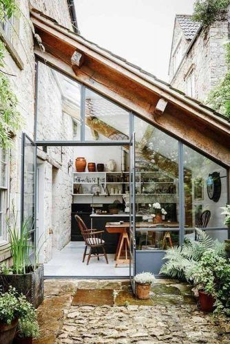 Solarium Sunroom With Dinner Space #glass #dinnerspace