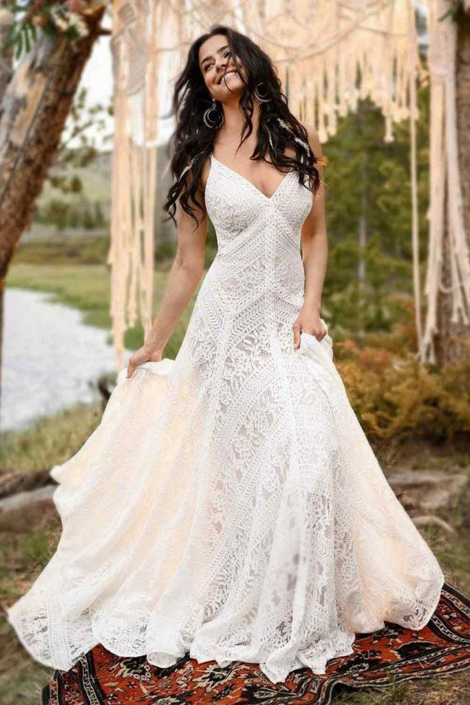 Boho Wedding Dress With Bohemian Lace #bohowedding #bihemianbride