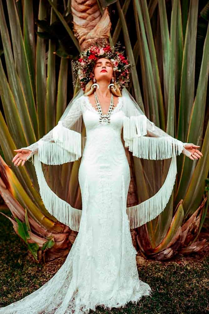 Boho Style Of Wedding Dress #bohoweddingdress #bohemianstyle