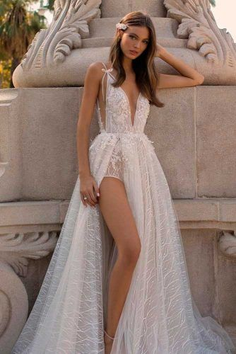 Sexy Wedding Dresses For Brave And Hot Brides #sexyweddingdress #modernweddingdress