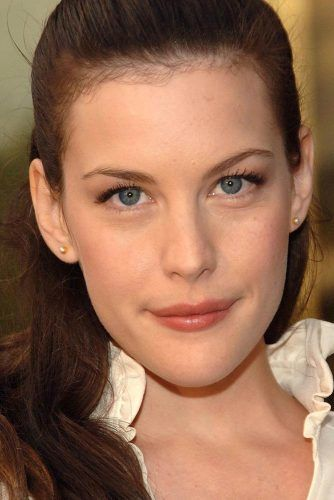 Liv Tyler With Oblong Face Shape #oblongface #livtyler #celebrity
