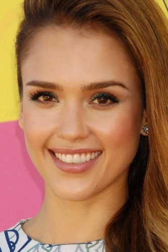 Jessica Alba With Oval Face Shape #ovalface #jessicaalba #celebrity