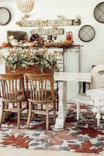 Vintage Wood Dinner Table And Chairs #rustictable #retrochairs