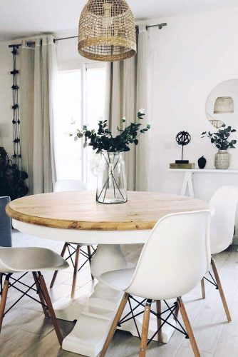 Round Table With Modern Chairs #modernchairs