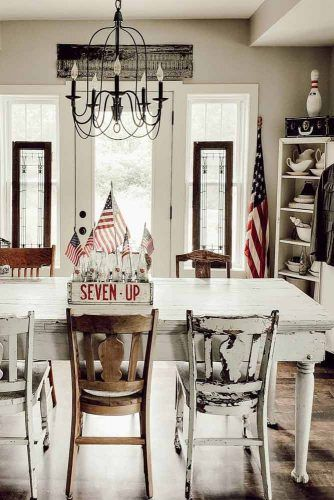 Vintage Table And Chairs Designs #vintagefurniture