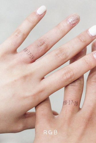Finger Tattoos With Special Date #weddingtattoo #meaningfultattoo