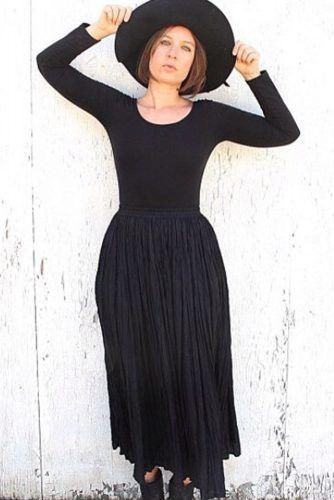 Broomstick Skirt #allblack #grunge