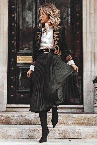 Pleated Skirt #blackskirt #midiskirt