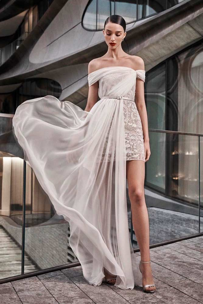 Asymmetric Tulle Cape #asymmetricweddingdress #uniqueweddingdress
