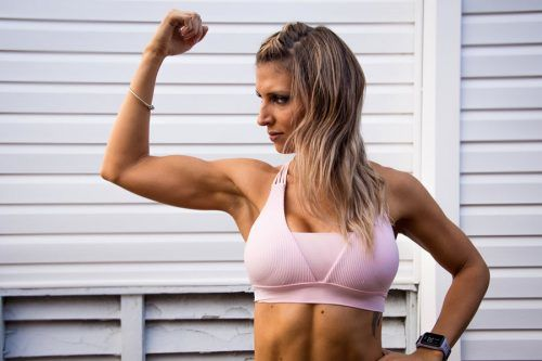 Effective Bicep Workouts For Sporty Women