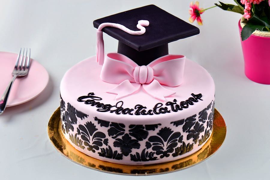 Unforgettable And Awesome Looking Graduation Cakes