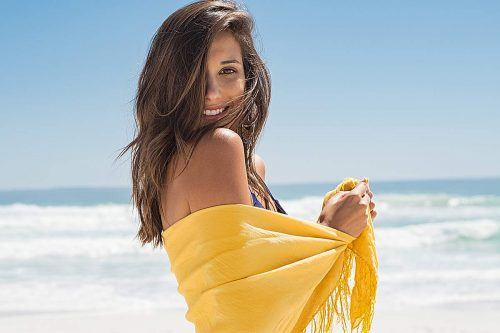 Sassy Styles To Play Around With A Sarong When Summer Hits