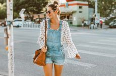 Wear Your Overalls With Flawless Style