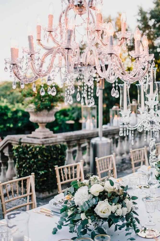 Beautiful White Centerpieces #weddingdecor #weddingcenterpieces